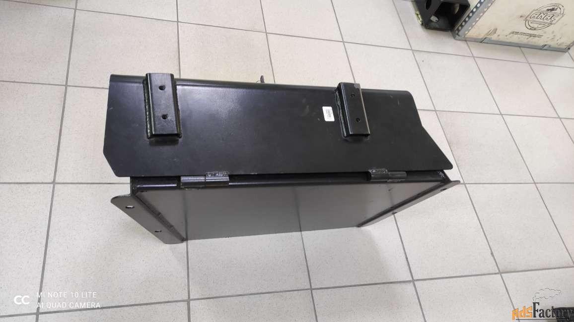 JCB Ящик для инструментов 128/15188