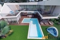 Недвижимость в Испании, Вилла рядом с морем от застройщика в Альтеа
