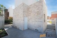 Недвижимость в Испании, Новая вилла рядом с пляжем в Торревьеха