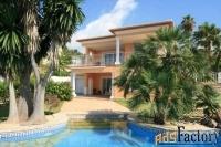 Недвижимость в Испании, Вилла с видами на море в Морайра,Коста Бланка