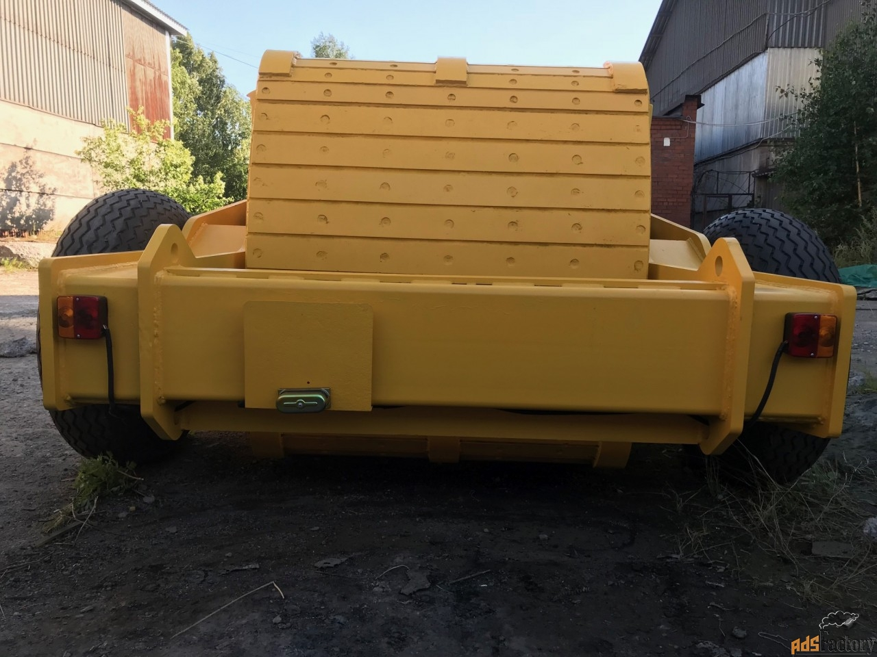 Импактор Pilemaster 3000 для разрушения дорожного покрытия