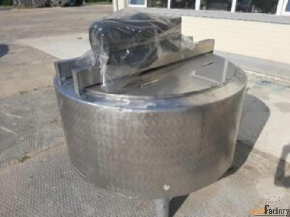 Продается Емкость нержавеющая, объем — 0,6 куб.м.,