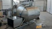 продается танк-охладитель, объем — 2,5 куб. м