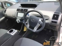 Toyota Prius a, 2013