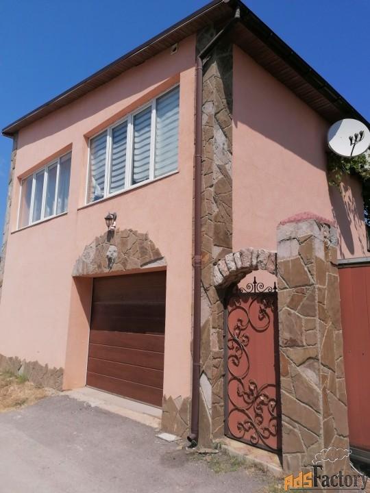 дом 64 м² на участке 8 сот.