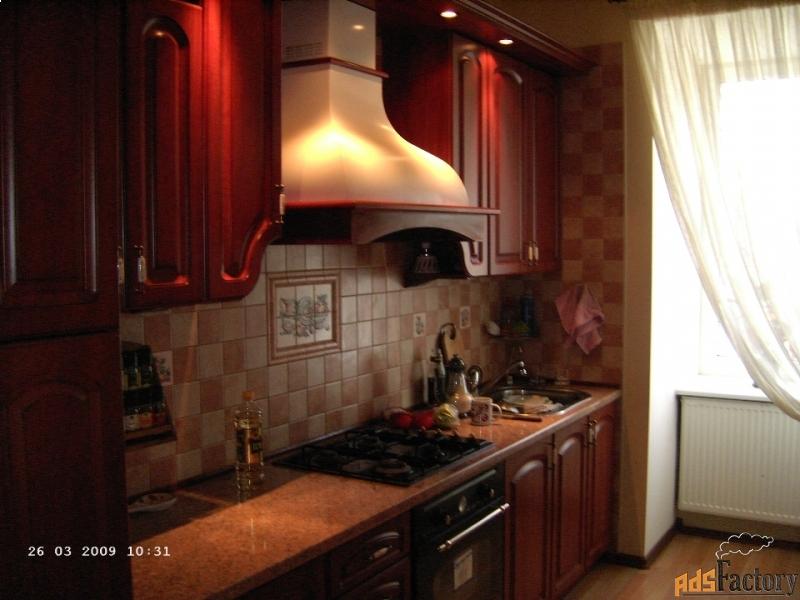 > 9-к квартира, 227 м², 4/4 эт.