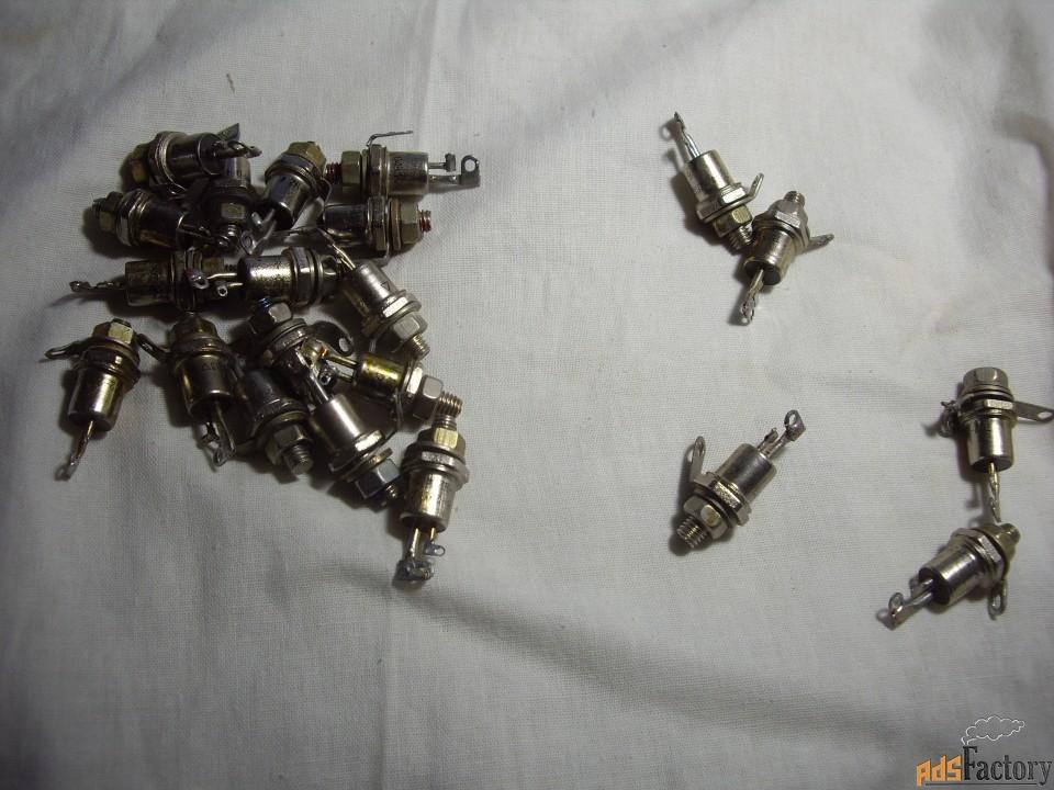 тиристор симметричный   тс122-25-8