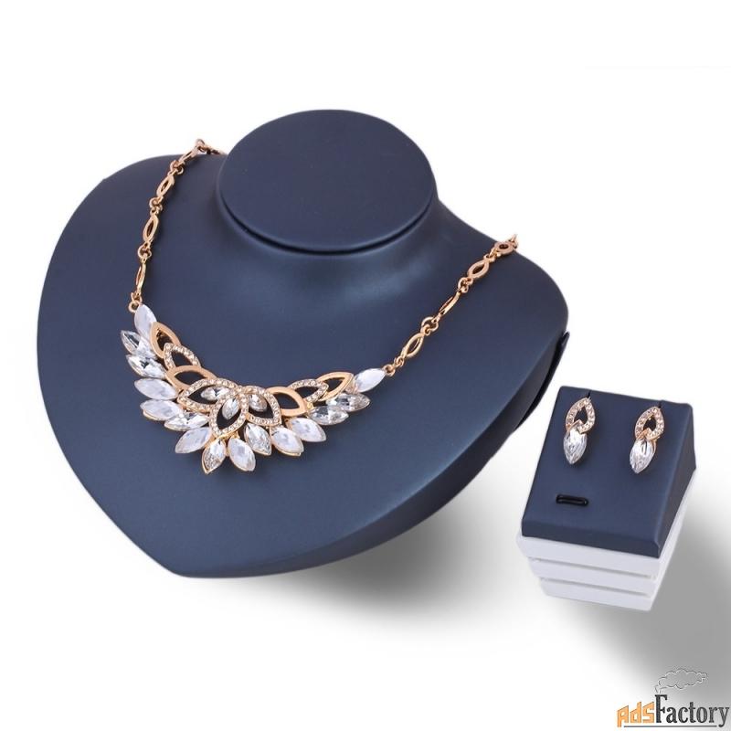 хрустальный цветок. ожерелье ювелирных изделий