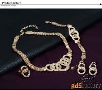 ювелирный набор. ожерелье