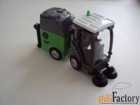 вакуумно-уборочная машина технопарк