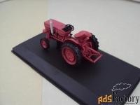 Модель. Трактор Universal 445U Romania