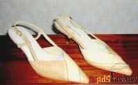 продаю новые женские туфли indiana