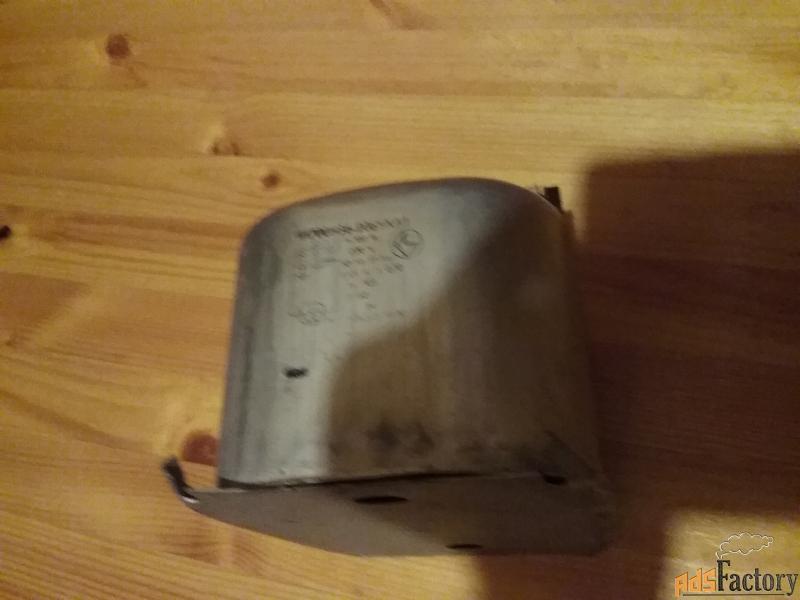 транформатор для люм ламп 1и700н36-206ухл1