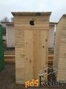 туалет деревянный с яблочком
