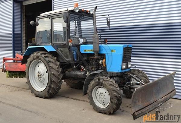 уборка территории трактором мтз (щетка и отвал)