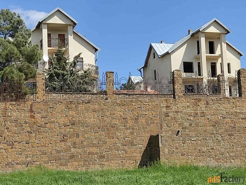 дом 350 м² на участке 7 сот.