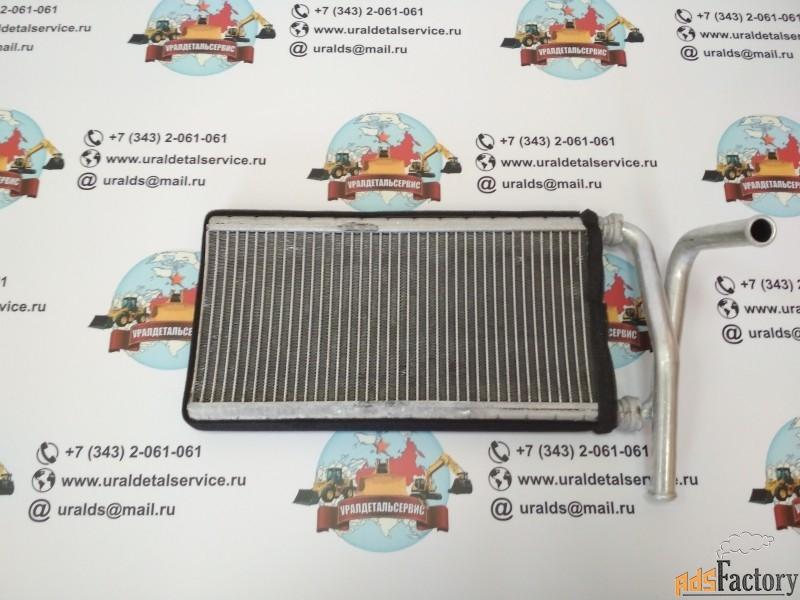 «радиатор отопителя xb00001051 hitachi «