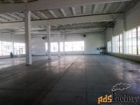 торговое помещение, 860 м²