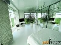 2 - комн.  квартира, 113 м², 10/10 эт.
