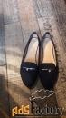 темно-синие туфли (слипоны). легкие и удобные.