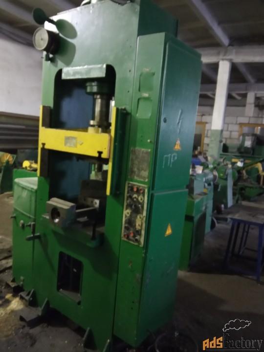 продается пресс гидравлический д2430б 100 тн. для изготовления изделий