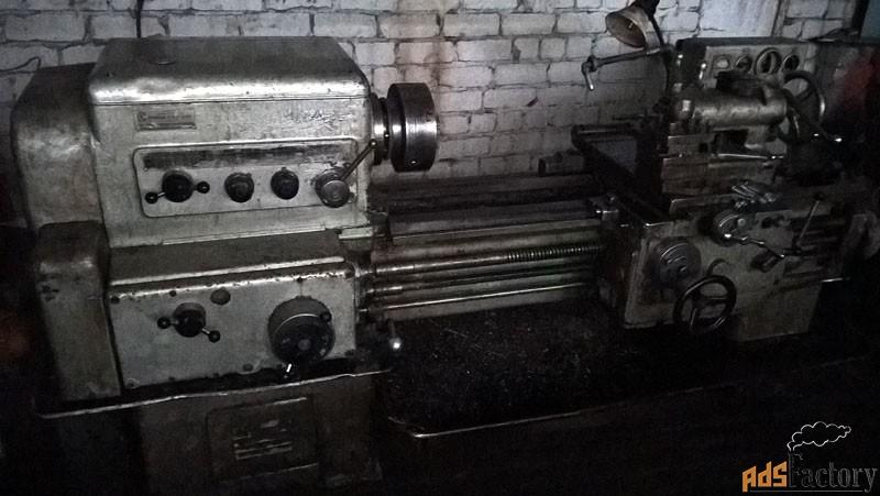 универсальный токарно-винторезный  станок 1к625