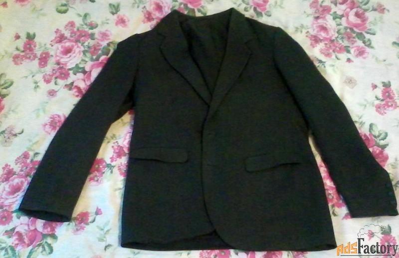 пиджак мужской тёмно-серый 46 размер состояние нового