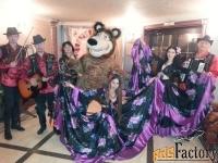 цыганский ансамбль,цыгане,цыганское шоу,медведь.