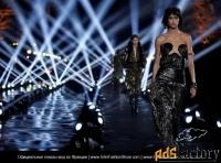 Кастинг для моделей, - девушки, юноши показ мод в Париже