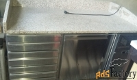 холодильный стол с гранитной столешницей