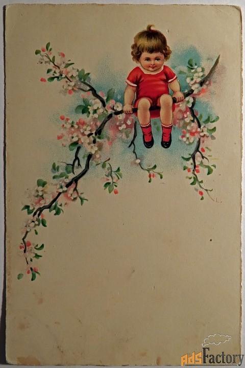 открытка ребенок на ветке. 1930-е годы