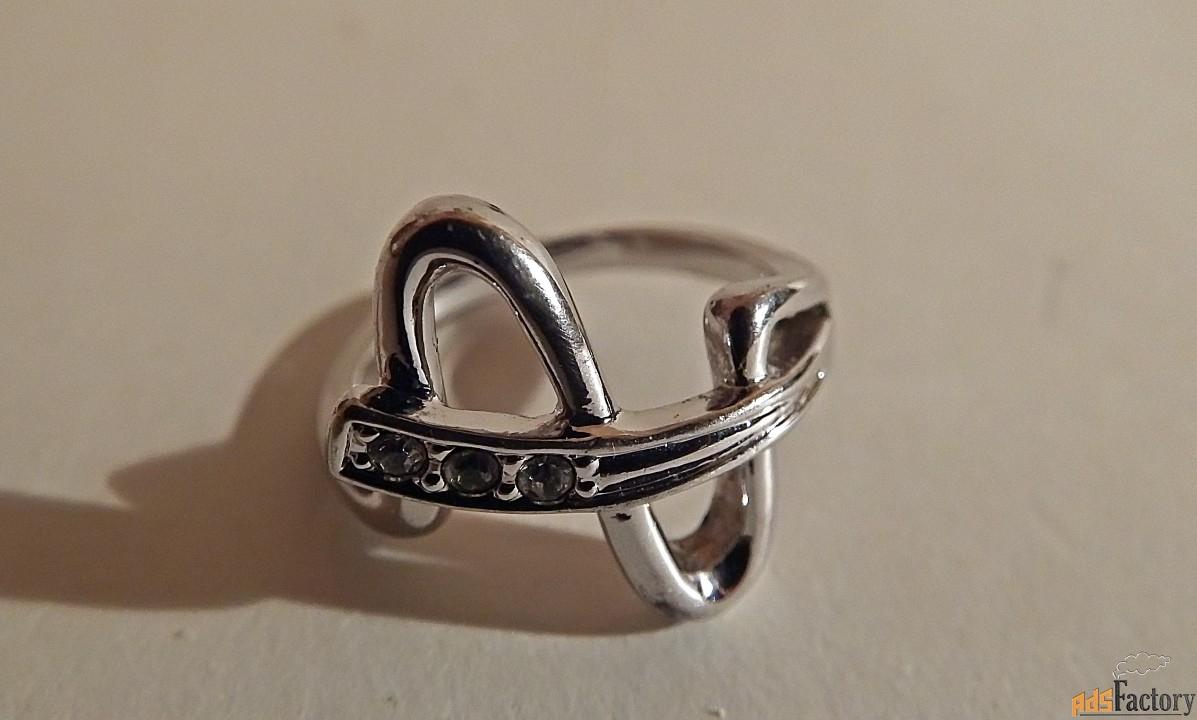 кольцо. белый металл. ссср