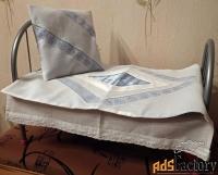 постельные принадлежности для кукольной кроватки (авторская работа)