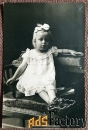 Антикварная открытка Девочка в платье