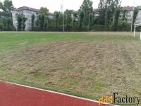 скошу газон, стадион, скос травы, бурьяна спил деревьев.