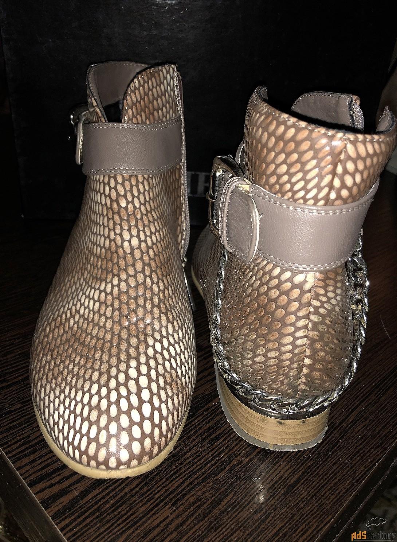 Стильные женские полуботинки натуральная кожа под питона без каблука