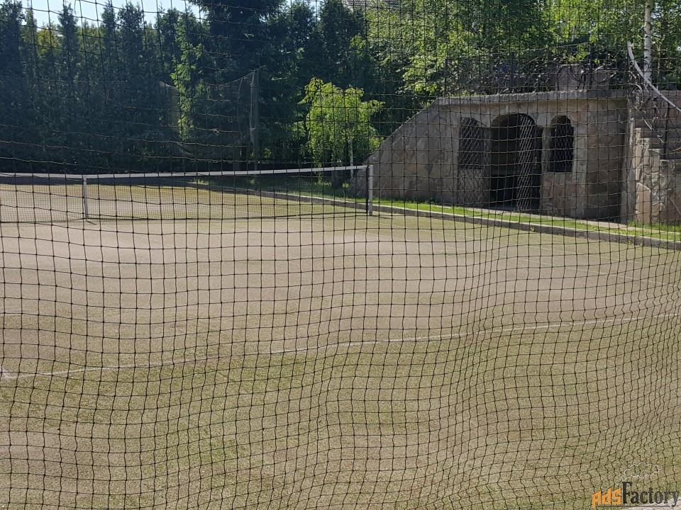 сдаем в почасовую аренду теннисный корт(искусственная трава)