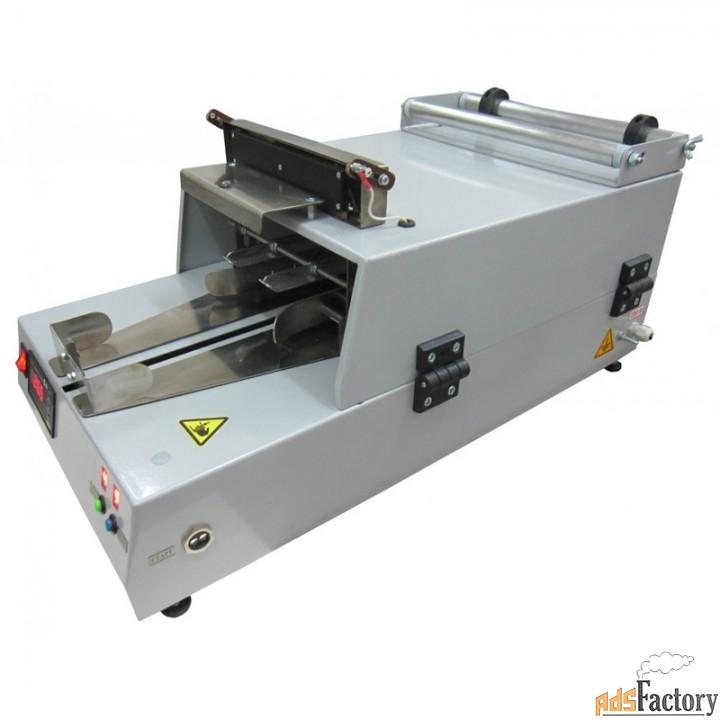 оборудование для упаковывания прямоугольных товаров в пленку