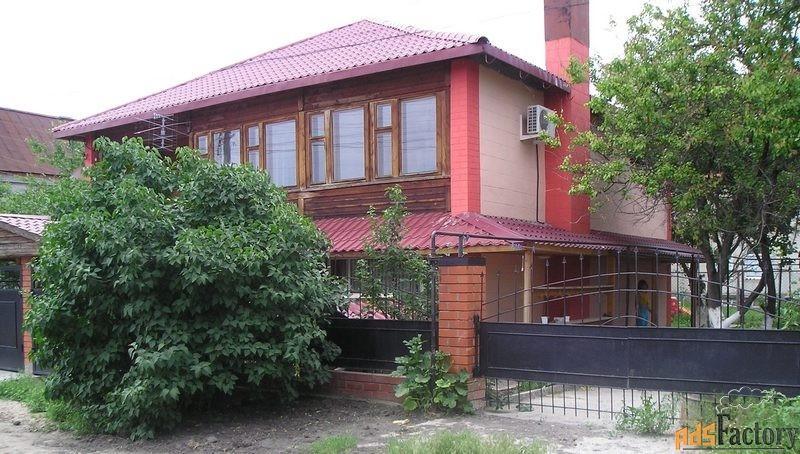 дом 180 м² на участке 4 сот.