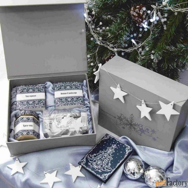 новогодние подарочные наборы со сладостями