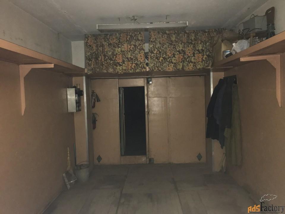 гараж кирпичный, 33.3 м²