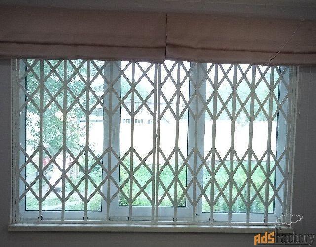 Решетка раздвижная РР-2-Дп-Ск-Впр-150×200 на окно в проем 1500×2000